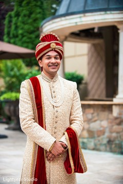 indian wedding photography,indian groom,sherwani,portrait