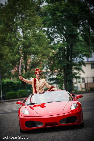 indian wedding photography,indian groom,transportation