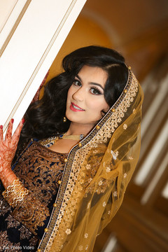 indian bride,bridal lengha,indian bride portrait