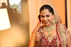 Glamorous indian bride capture