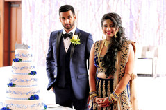indian wedding reception,wedding cake,indian bride and groom