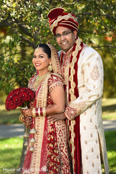 outdoor photography,indian bride fashion,indian groom fashion,bridal jewelry
