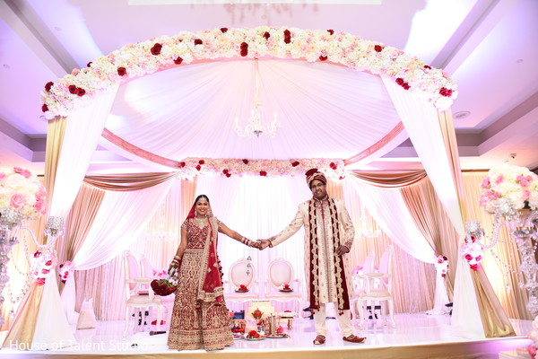 indian wedding ceremony,indian bride fashion,indian groom fashion,mandap