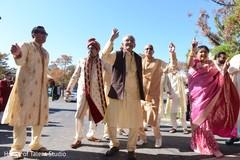 indian wedding baraat,baraat horse,indian groom fashion