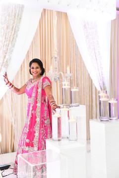indian bride reception fashion,indian wedding reception,indian bride portrait