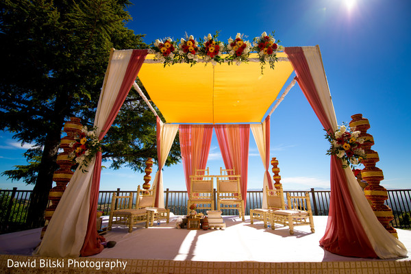 indian wedding ceremony,mandap,indian wedding ceremony floral and decor
