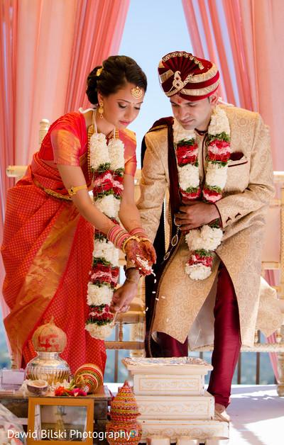 indian bride and groom,indian wedding ceremony,indian wedding ceremony photography