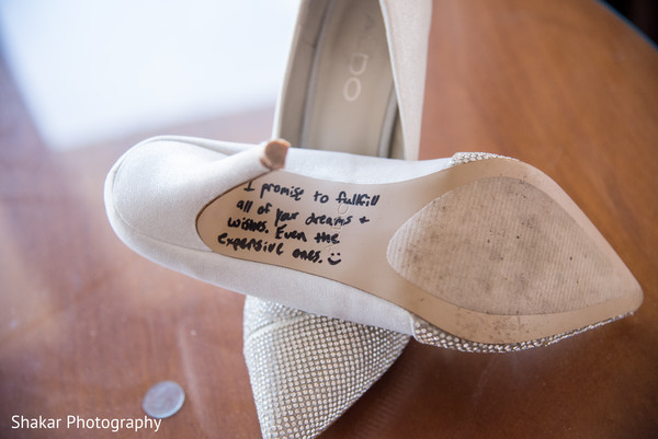 indian bride fashion,bridal shoes