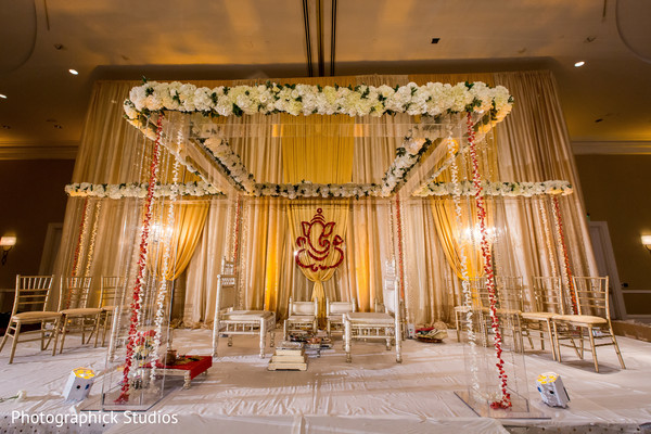 indian wedding planning and design,indian wedding ceremony floral and decor,indian wedding ceremony,mandap