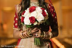indian bride fashion,indian bridal bouquet,bridal jewelry
