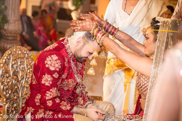 Fairy tale Hindu marriage ritual.