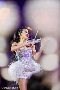 indian wedding reception,live music,performance,violinist