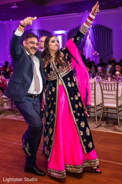 indian wedding reception,indian bride and groom,reception fashion