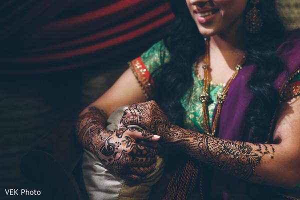 Perfect indian bridal mehndi art