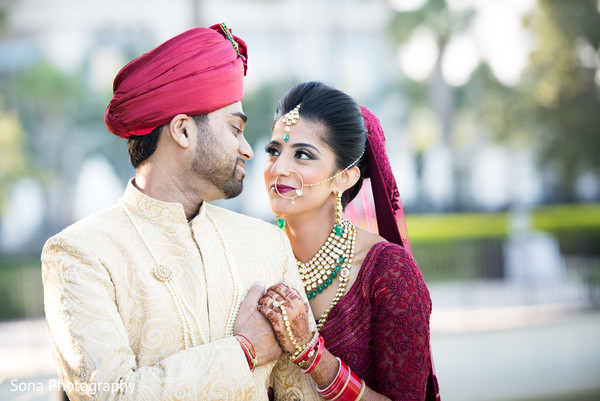 first look photography,indian bride and groom,bridal jewelry