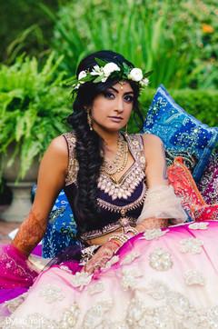 indian bride,bridal mending,indian wedding photography