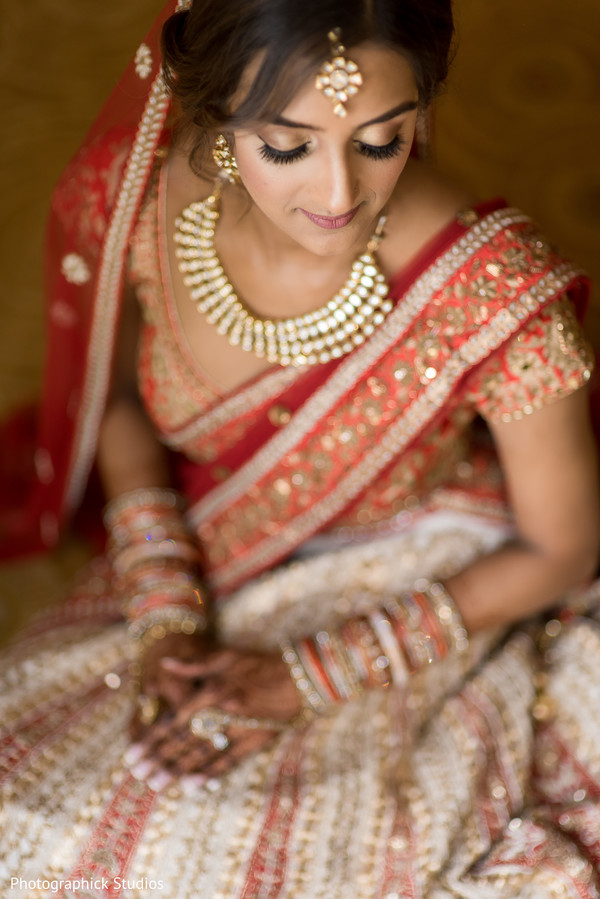 indian bride fashion,bridal jewelry,bridal tikka