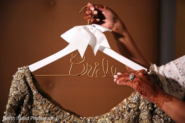 Beautiful personalized wire Bridal hanger.