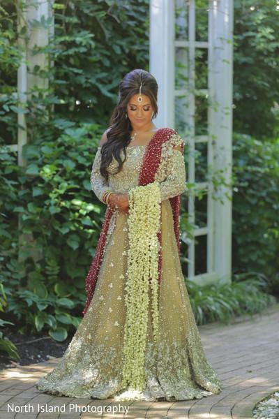 Unique Indian bride jasmine bouquet.