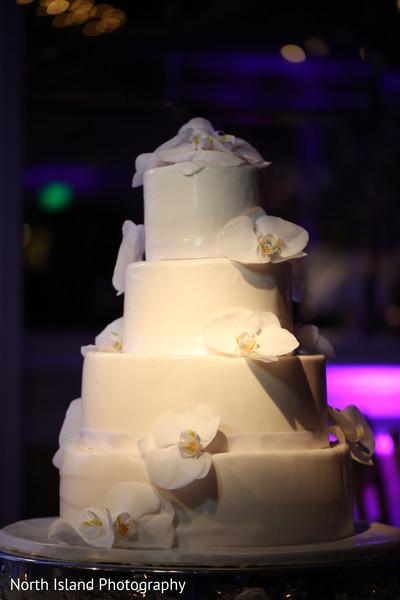 Ecstatic white wedding cake.