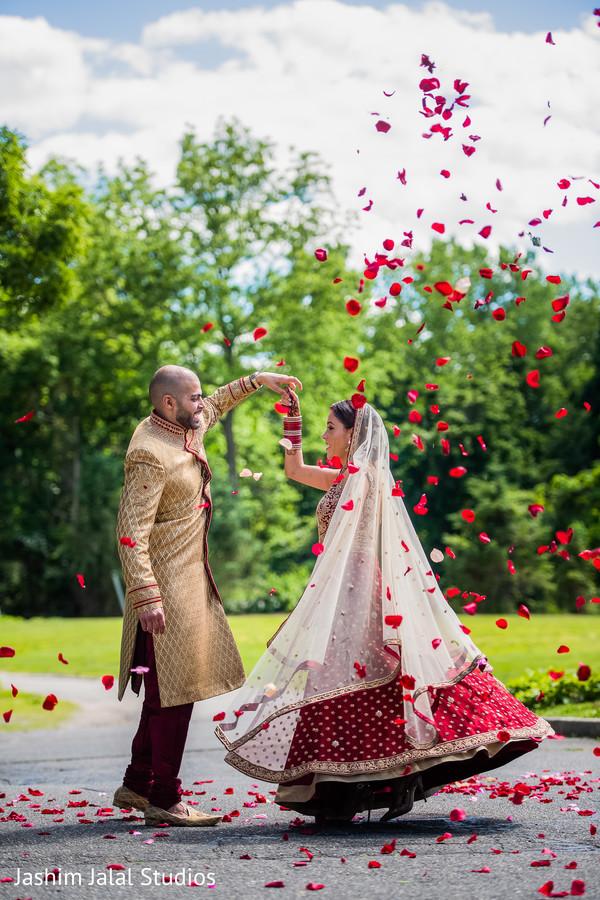 Gorgeous indian wedding photography.