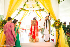 indian wedding ceremony,indian wedding ceremony photography,indian brides fashion