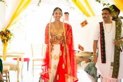 indian wedding ceremony,indian wedding ceremony photography,indian brides fashion