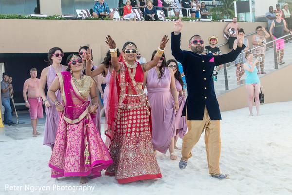 indian wedding baraat,baraat,indian bride fashion