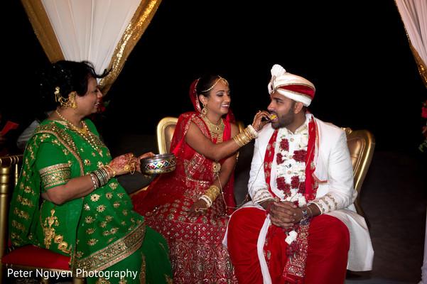 indian wedding ceremony,indian wedding ceremony photography,indian bride and groom,kansar bhakshan