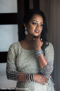 maharani's bridal bangles,indian bride fashion,indian bride