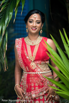 indian bride fashion,indian bride,outdoor photography,bridal jewelry