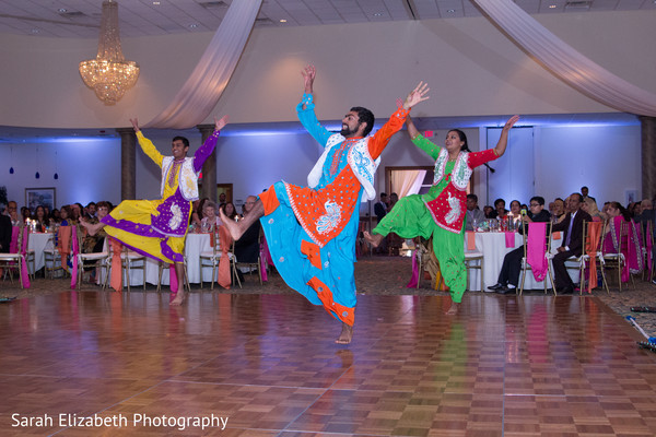 bollywood choreography,bollywood dancers,wedding entertainers
