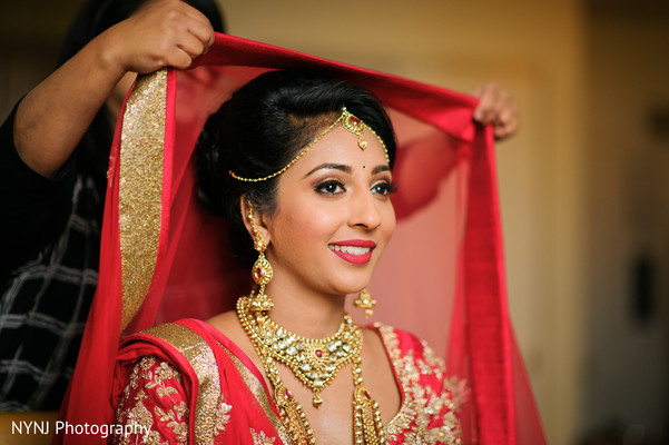 indian bride jewelry,indian bride makeup,getting ready