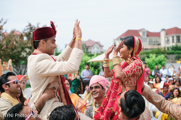 indian newlyweds,indian couple,indian wedding ceremony