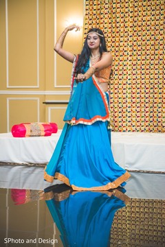 mehndi party,indian bride,pre wedding celebrations,indian wedding photography