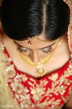 indian bridal makeup,bridal jewelry,bridal portrait