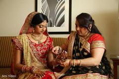 indian bridal makeup,bridal jewelry,getting ready,bridal fashion