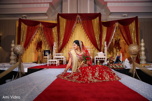 indian wedding photography,indian bride,floral and decor