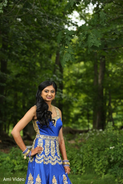 indian bride,reception fashion,outdoor photography,indian wedding photography