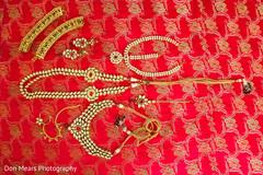 bride jewelry set photography,bridal jewelry