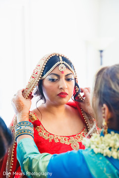 red lengha,bridal fashion,indian bride jewelry