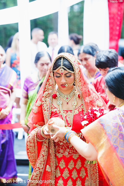indian bride,bridal fashion,bridal lengha