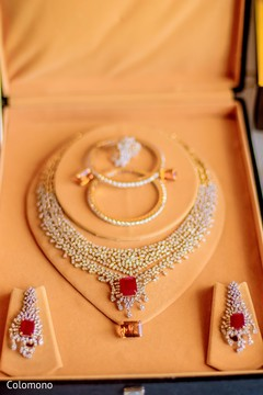 bridal accessories,bride jewelry set photography