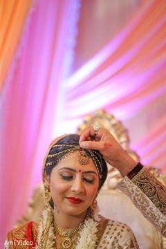 indian bride makeup,indian bride jewelry,hair and makeup