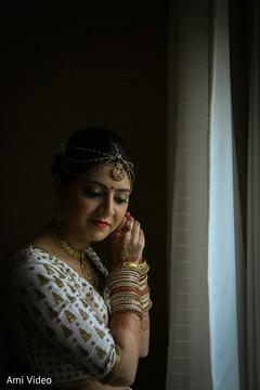 indian bride makeup,indian bride jewelry