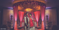 indian wedding,indian newlyweds portrait