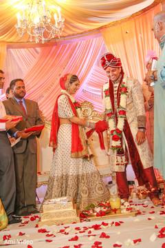 indian wedding,indian wedding ceremony,bridal lengha
