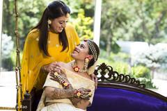 sari,yellow sari,golden sari