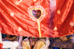 indian groom,indian wedding ceremony,first look