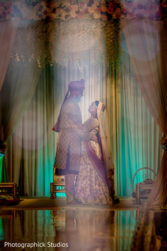 indian wedding fashion,indian bride and groom,indian wedding photography